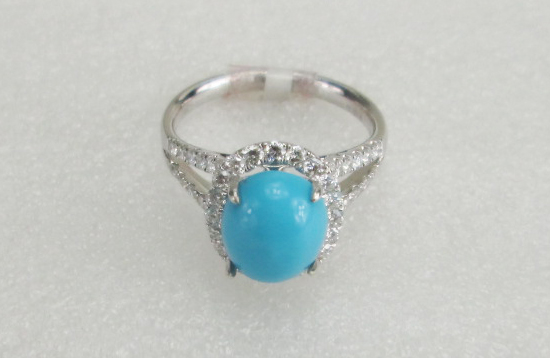 18 K White Gold with real diamond and Turquoise stone