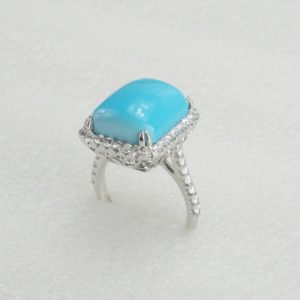 18 K white gold Ring with real diamonds and turquoise stone